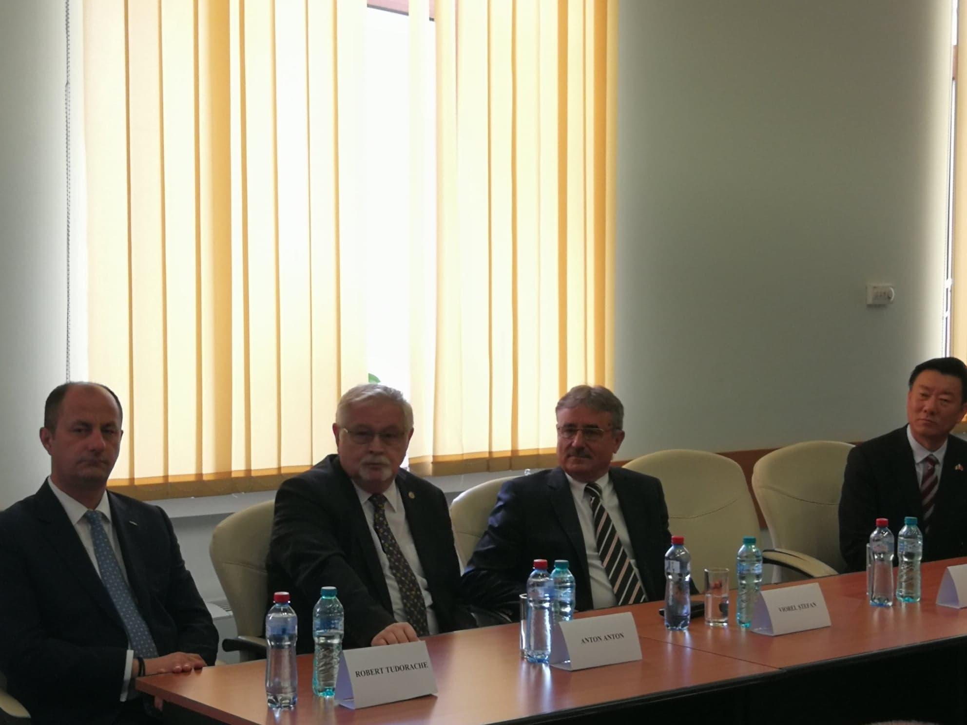 Ceremonie semnare acord de investiții cu CGN