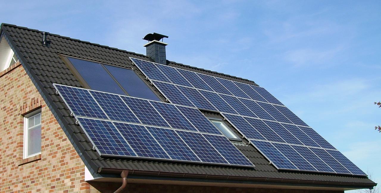 Panouri fotovoltaice - sursa: Pixabay